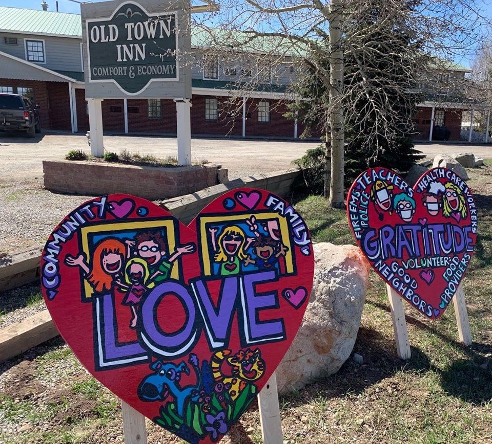Old Town Inn love signs